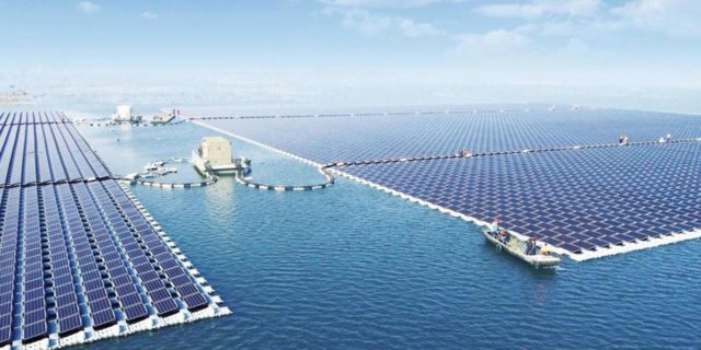 china-floating-solar-power-plant-640x320.jpg.fb3efafe04fa1d05ad8dbca27db5b8c4.jpg