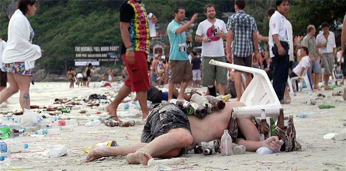 1D274906702477-tdy-140903-Beach_party_aftermath.today-inline-large.jpg.a4efe8c412ffe5defbfb99a7c3137a0d.jpg