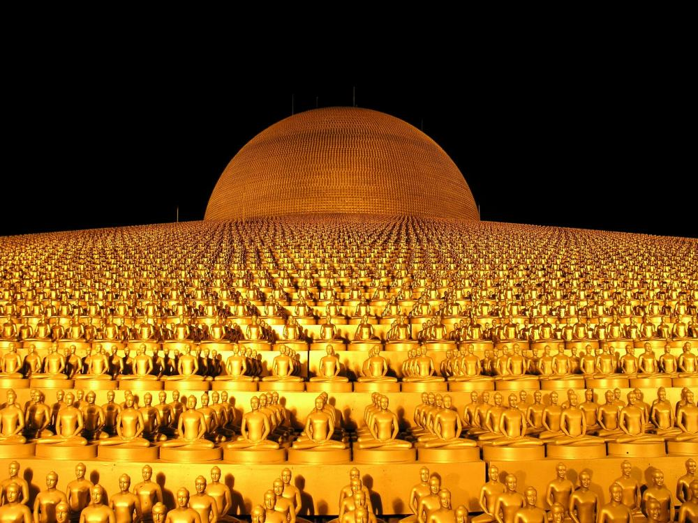 dhammakaya-pagoda-more-than-million-budhas-50541.thumb.jpeg.7adaeb290c10f37486f3e94280c86db1.jpeg
