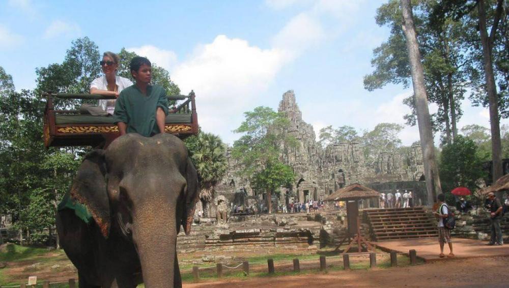 aed734ab611bffc95f77fb59f0e4ad6a-cambodge-les-promenades-dos-d-elephant-vont-etre-supprimees-dans-le-temple-d-angkor.thumb.jpg.66ba91361d83e27aac84a2d3164b5c54.jpg