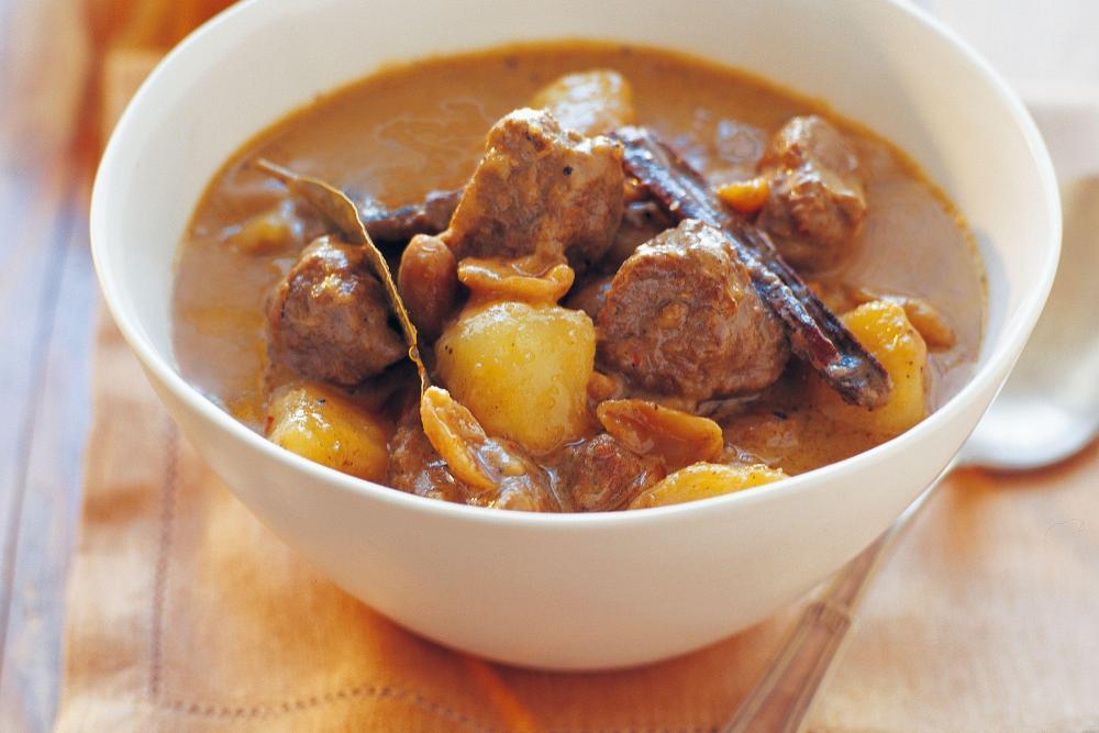 massaman-beef-curry-343-1.thumb.jpeg.2f495264af2db24de6fd4139c393e8bc.jpeg